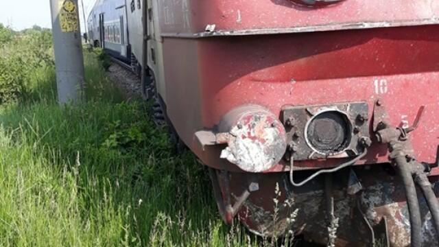 ANIMAȚIE GRAFICĂ cu trenul deraiat după ce a lovit un camion în Bacău - Imaginea 7