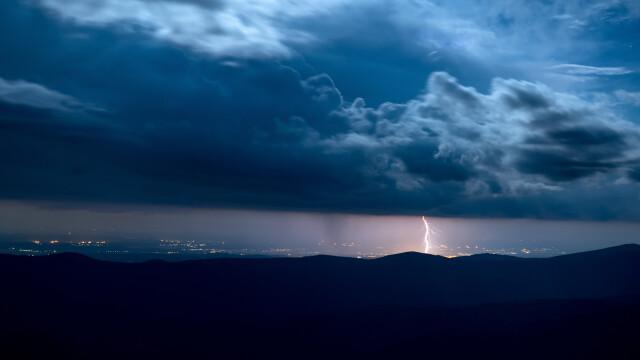 Furtună în România