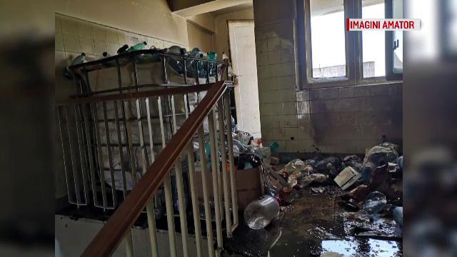Un spital din Constanţa a luat foc de la soare. Zeci de oameni au fost evacuaţi