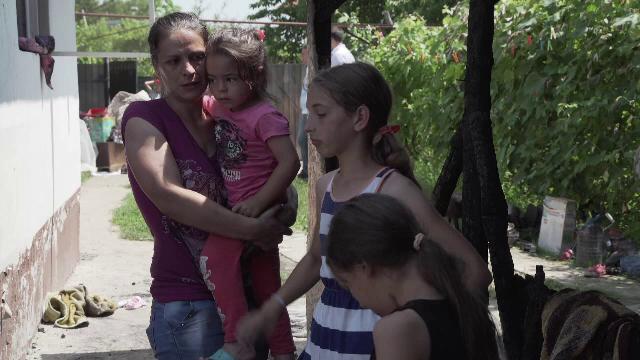 5 frați rămași fără casă, după un incendiu, au nevoie de ajutor: \