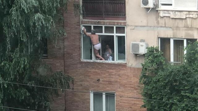Ipostazele în care a fost filmat un bărbat, în Capitală. Era supravegheat de soție - Imaginea 1