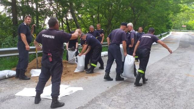 Bilanț după furtunile care au măturat România. 48 de oameni salvați din ape - Imaginea 1