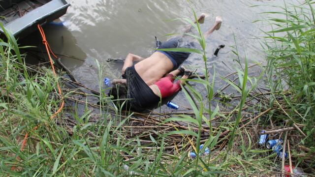 Imaginea ce a șocat o lume întreagă. Povestea migrantului care s-a înecat alături de fiică - Imaginea 3