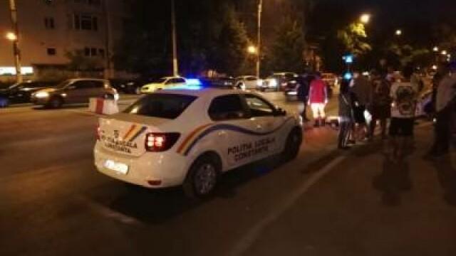 Reacția unei femei care și-a surprins soțul cu amanta în mașină, în Constanța
