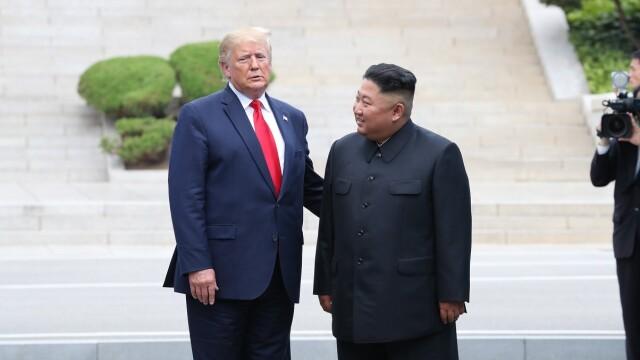 Donald Trump și Kim Jong-Un, întâlnire istorică la frontiera dintre Coreea de Nord şi cea de Sud