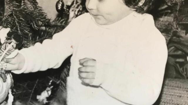 Andreea Esca, Paula Herlo și Rareș Năstase, fotografii și amintiri de colecție din copilărie - Imaginea 3