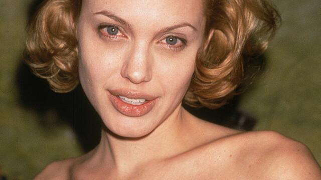 Angelina Jolie, la 45 de ani. Cele mai spectaculoase transformări ale actriței de-a lungul timpului. GALERIE FOTO - Imaginea 7