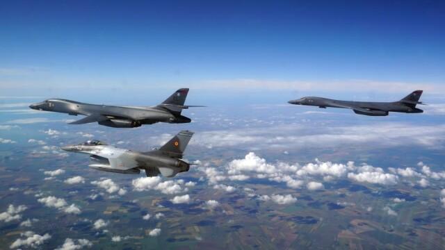 """Bombardiere americane și avioane de vânătoare din România au exersat """"decapitarea"""" flotei Rusiei, în Marea Neagră - Imaginea 2"""