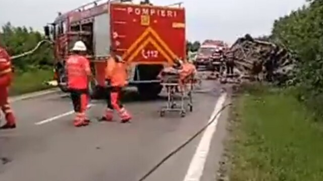 Zi neagră pe șoselele din Teleorman. 5 oameni au murit, 6 mașini implicate - Imaginea 2