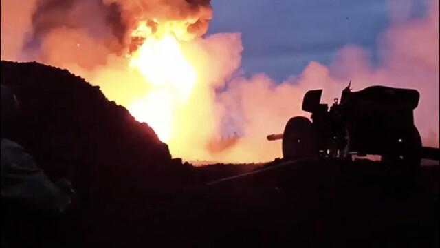 Cum au stins rușii un incendiu cu salve de tun anti-tanc. Imagini spectaculoase