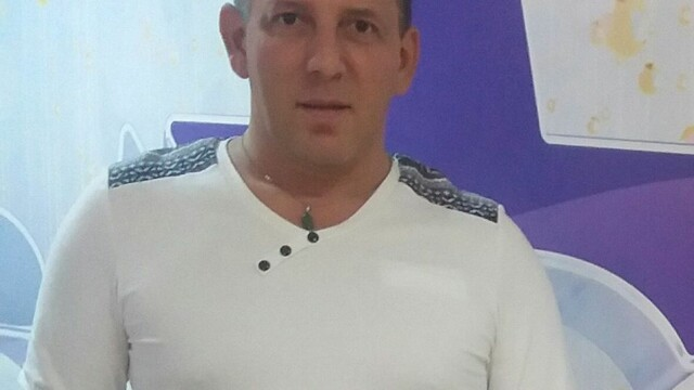 Cine a fost Costin Mărculescu, găsit mort în cadă. Luna aceasta ar fi împlinit 51 de ani - Imaginea 2