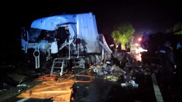 Accident devastator între 2 TIR-uri, în Mureș. Patru persoane sunt în stare gravă - Imaginea 3