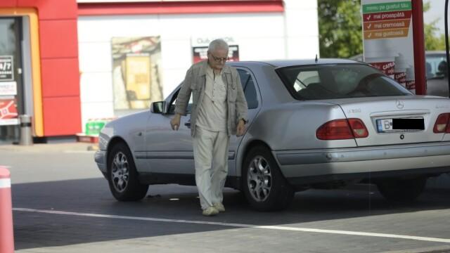 FOTO. Ce mașină a ajuns să conducă Irinel Columbeanu. A rămas și fără Opelul second hand - Imaginea 1