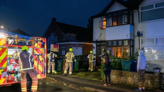 Un român din UK a intrat dezbrăcat într-o clădire în flăcări ca să își salveze vecinul - Imaginea 3