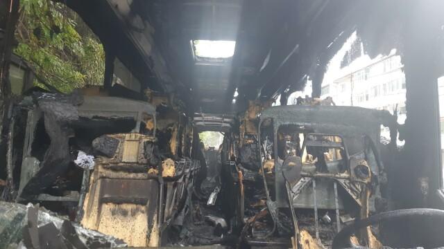 Autocar în flăcări pe DN1, în Azuga. Ce s-a întâmplat cu cei 46 de pasageri - Imaginea 2