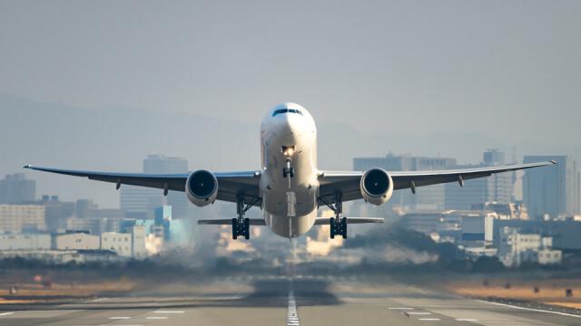 Sunt reluate zborurile între România și mai multe țări, printre care Italia și Franța. Românii nu vor mai fi carantinați - Imaginea 1