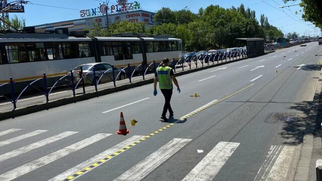 Un copil de 10 ani a murit după ce a fost lovit de un motociclist, în București - Imaginea 12