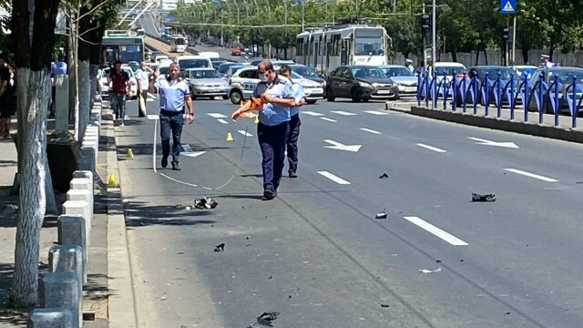 Un copil de 10 ani a murit după ce a fost lovit de un motociclist, în București - Imaginea 8