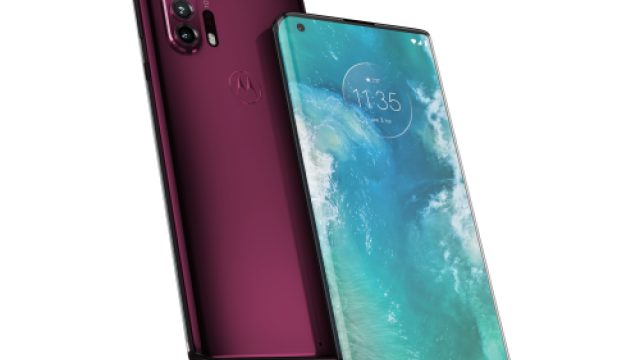 (P) Motorola revine pe piața de telefoane premium cu motorola edge+ - Imaginea 2