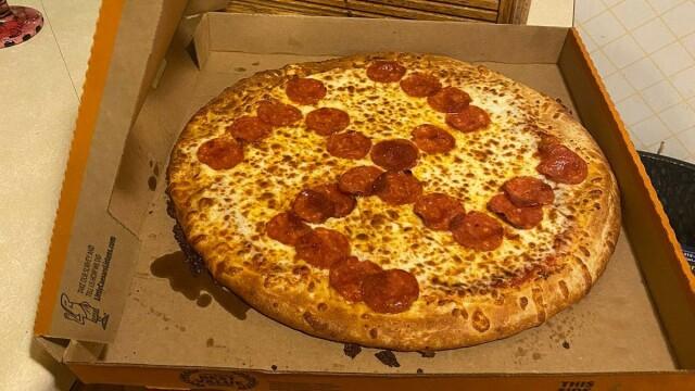 pizza svastica