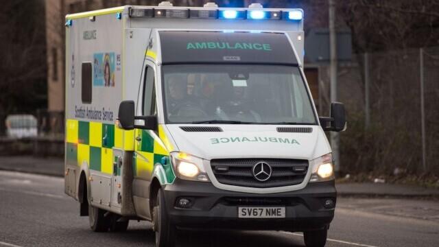 Un adolescent a murit la trei zile după ce a fost salvat dintr-un râu.