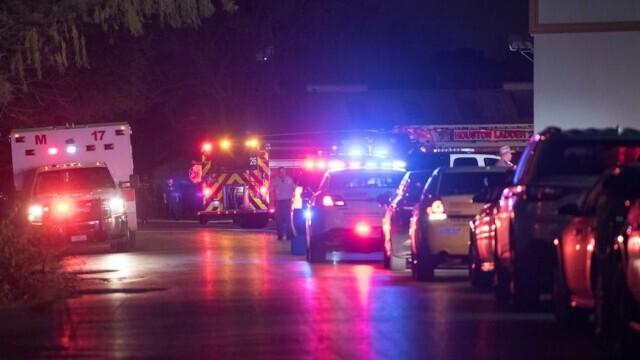 Un bărbat din Texas, surprins urinând în mijlocul drumului, a fost împușcat mortal