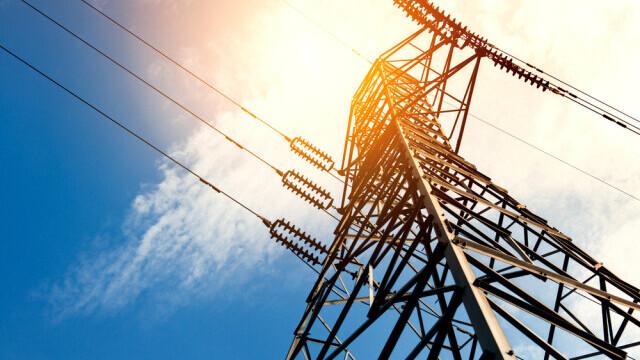 Veşti proaste pentru cei care nu și-au schimbat contractul cu furnizorul de energie electrică. Ce se întâmplă de mâine