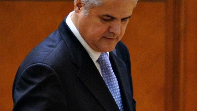 Sedinta privind inceperea urmaririi penale a lui Nastase a fost suspendata