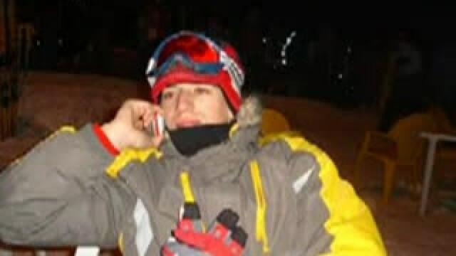Doliu in Motru: adolescentul ucis de o avalansa a fost inmormantat