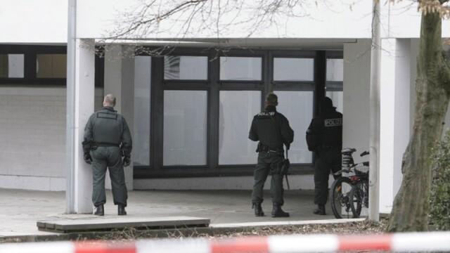 Macel intr-o scoala din Germania: 16 morti, inclusiv atacatorul! - Imaginea 3