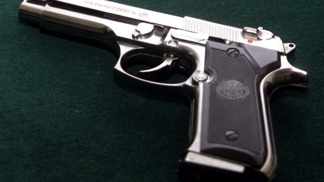 pistol, jaf armat