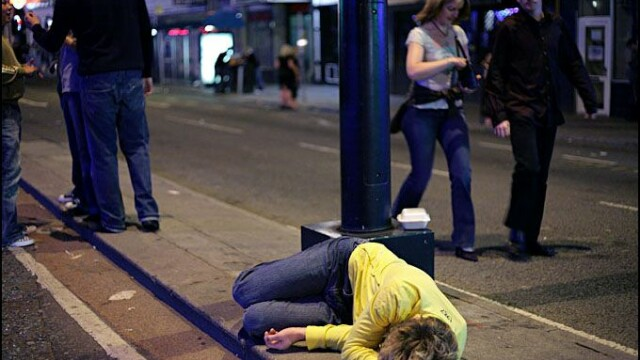 It's been a hard day's night sau cum arata o betie made in UK - Imaginea 23