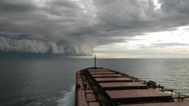Alex, primul uragan al sezonului din Atlantic, a adus ploi si vant puternic