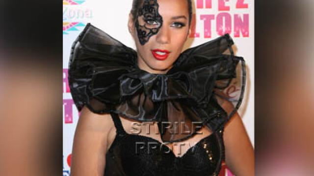 Leona Lewis e in pana de idei! O copiaza pe Lady GaGa - Imaginea 1