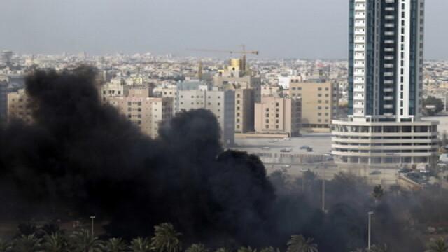 VIDEO socant din Bahrain.Un barbat e impuscat in fata cu gloante de cauciuc - Imaginea 5