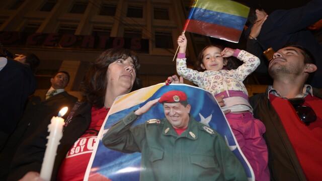 Hugo Chavez a murit. Sapte zile de doliu in Venezuela - Imaginea 9