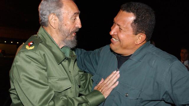 Povestea lui Hugo Chavez in 10 imagini: crescut in saracie alaturi de 6 frati, a ajuns erou national - Imaginea 10