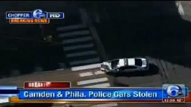 Curse pe strazile din Philadelphia ca-n filme. O femeie a furat 2 masini de politie in cateva minute