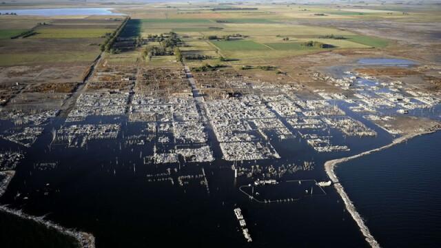 FOTO. Intoarcere in adevarata Atlantida. Orasul care iese de sub ape, dupa 25 de ani