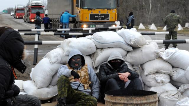 CRIZA din Crimeea: Putin nu a luat inca decizia unei interventii militare in Ucraina. Armata de la Kiev, in stare de alerta - Imaginea 2