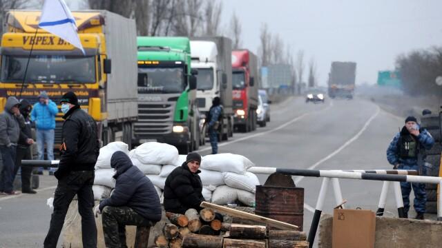 CRIZA din Crimeea: Putin nu a luat inca decizia unei interventii militare in Ucraina. Armata de la Kiev, in stare de alerta - Imaginea 3
