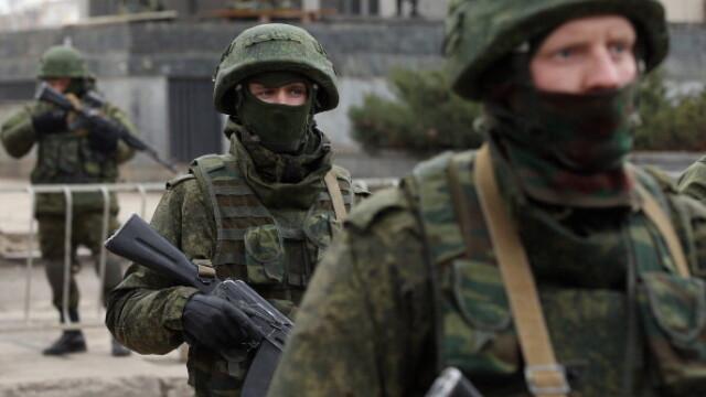 CRIZA din Crimeea: Putin nu a luat inca decizia unei interventii militare in Ucraina. Armata de la Kiev, in stare de alerta - Imaginea 7