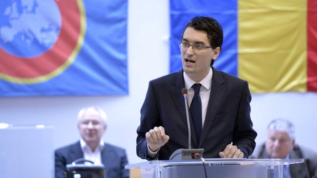 Alegeri FRF: Razvan Burleanu este noul presedinte al Federatiei Romane de Fotbal