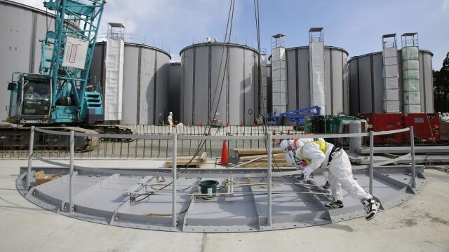 Trei ani de la cutremurul din Japonia. Mii de japonezi, inca disparuti, iar centrala nucleara Fukushima, la fel de nesigura - Imaginea 5