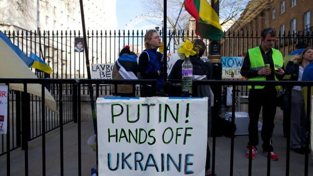 Ingrijorare mare in Euromaidanul din Kiev, dupa ce Crimeea s-a intors la \
