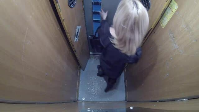 femei, lift