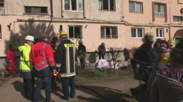 Un barbat din Suceava i-a incendiat locuinta iubitei sale, convins ca aceasta l-a parasit. Unde era de fapt femeia