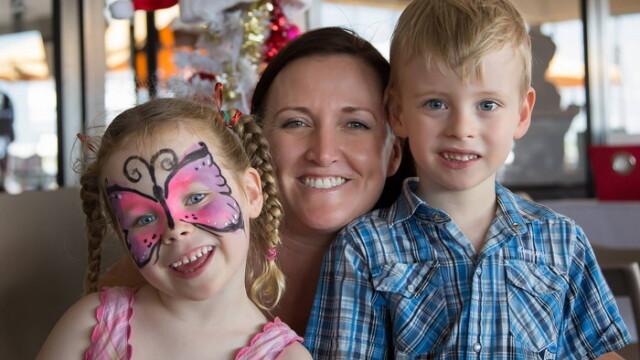 Miracol intr-un spital din Australia. Un bebelus nascut prematur a revenit la viata dupa atingerea mamei sale