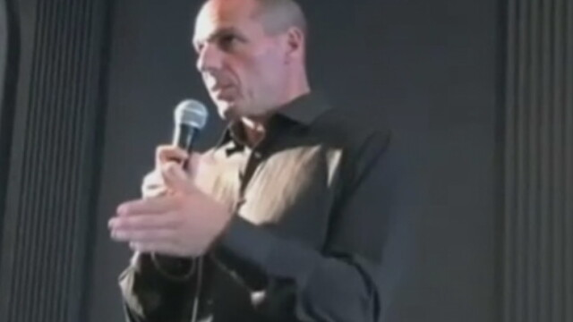 Un jurnalist german a trucat o inregistrare video cu ministrul grec de Finante. Ce gest obscen facea Varoufakis in video