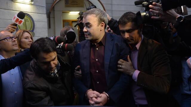 Darius Valcov, plasat in arest la domiciliu de Instanta Suprema. FILMUL zilei petrecute dupa gratii de fostul ministru
